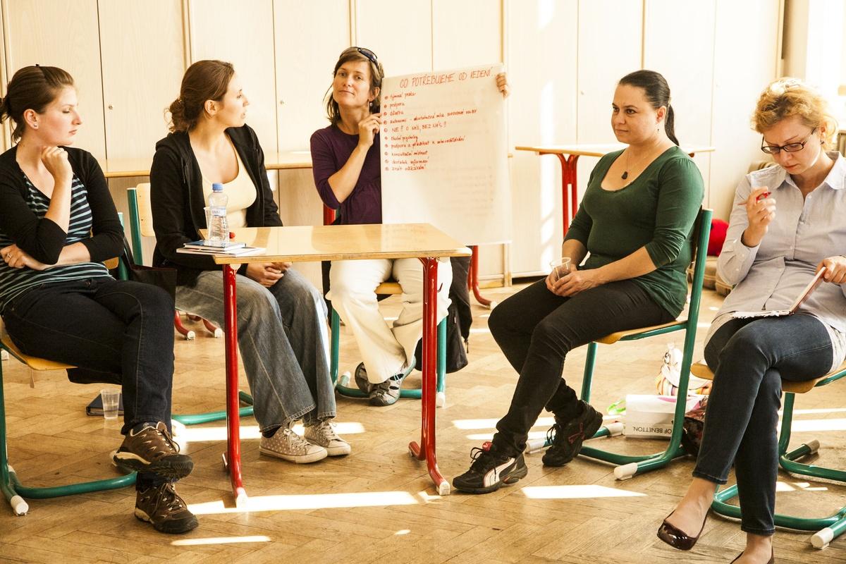 Studenti seznamují učitele příběhy