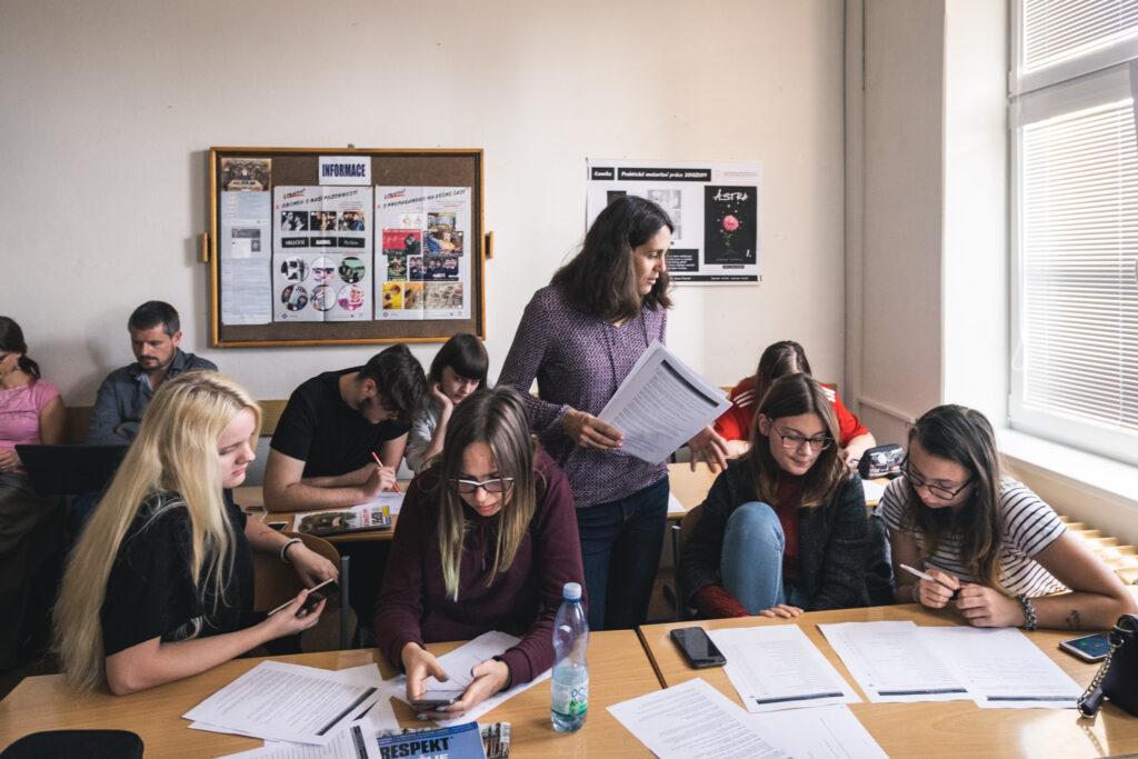 Studenti se během projektu seznamují s médii.